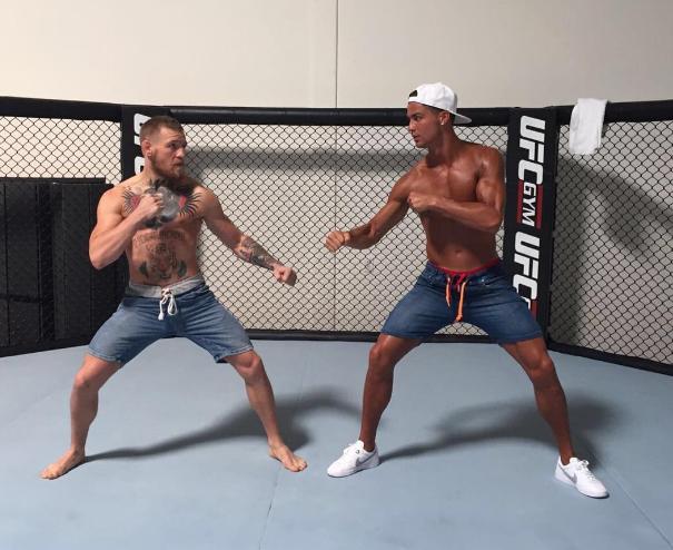 Petarung UFC Conor McGregor Sahabat Cristian Ronaldo