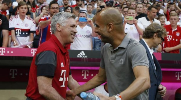 Manajer Baru Bayern Muenchen Carlo Ancelotti Tersenyum